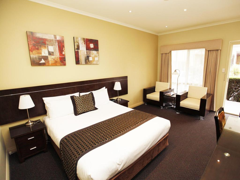 See all 32 photos Best Western Melbourne Airport Motel and Convention