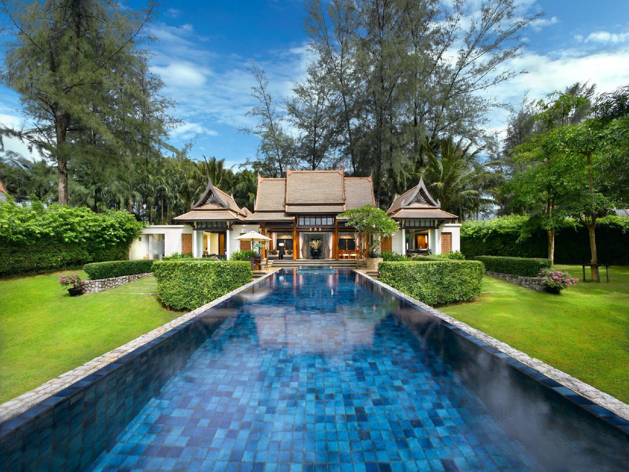One-Bedroom Villa with Private Double Pool