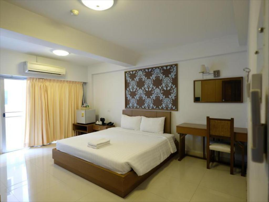 Superior Double or Twin Room - Guestroom The Ivory Suvarnabhumi Hotel