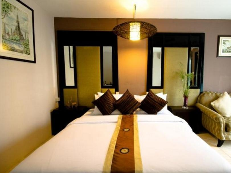 Deluxe Ranjang Twin dengan Sarapan (Deluxe Twin Bed with Breakfast)