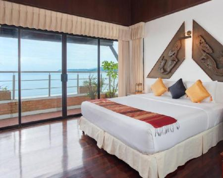 1 Bedroom Sea View - Bedroom Kamala Beach Estate Hotel