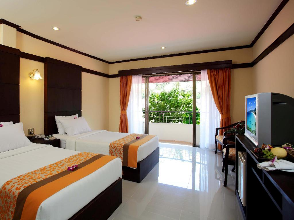 Все фотографии: 35 Horizon Patong Beach Resort & Spa
