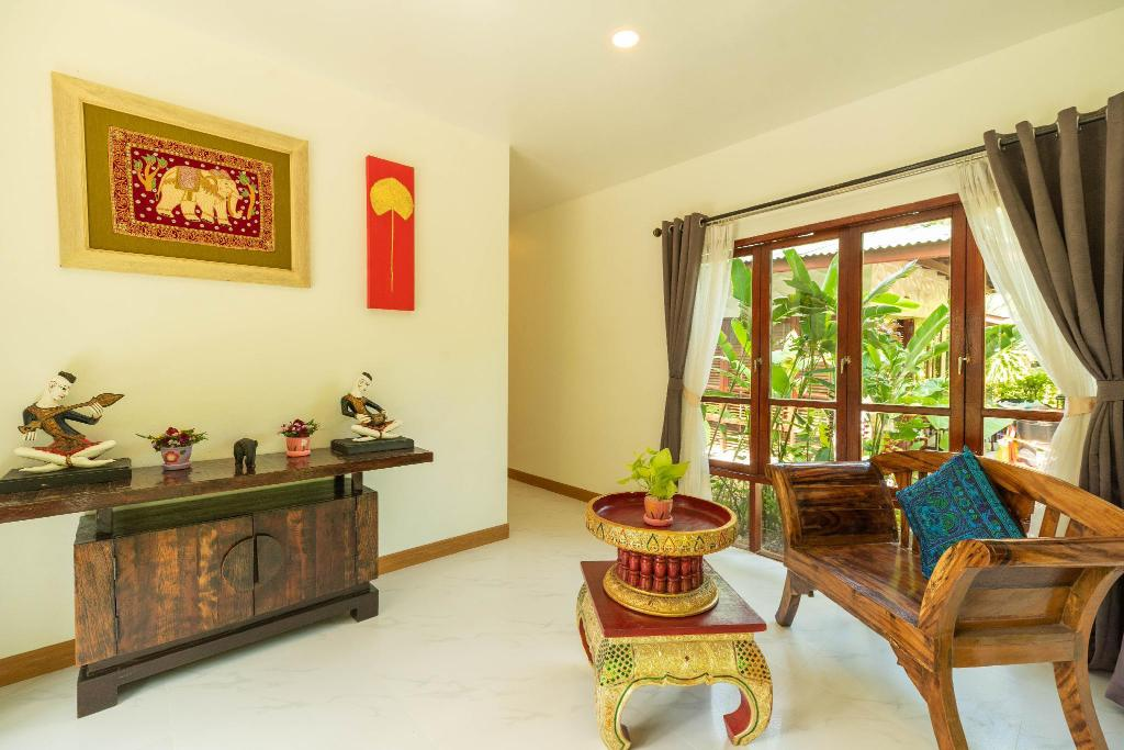 2 Bedroom Villa - Separate living room