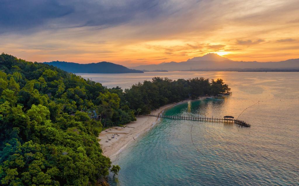 Best Price on Sutera Sanctuary Lodges at Manukan Island in Kota ...