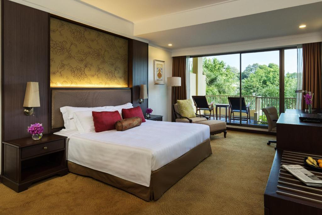 Premium Garden View King - Bed Dusit Thani Pattaya