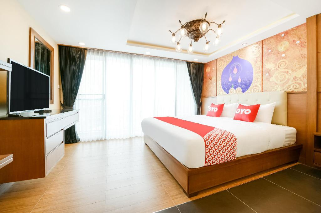 Superior Double Room - View OYO 458 Nakorn Siam Boutique