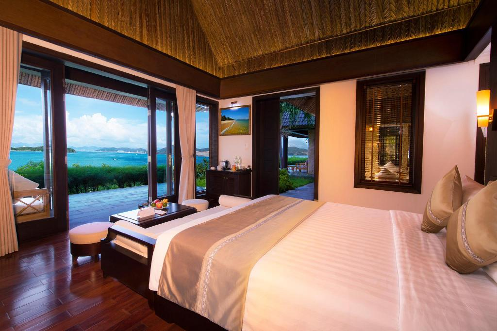 Tropical Deluxe Room with Double Bed - Bed MerPerle Hon Tam Resort