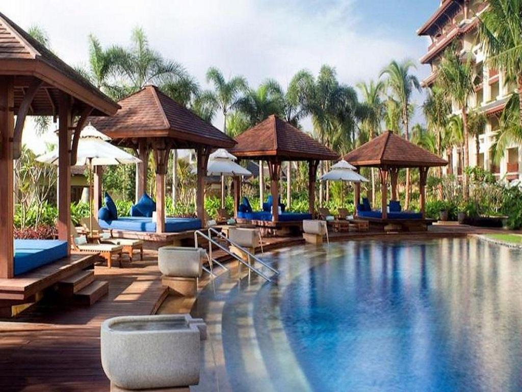 Kolam renang luar ruangan The Ritz-Carlton Sanya, Yalong Bay