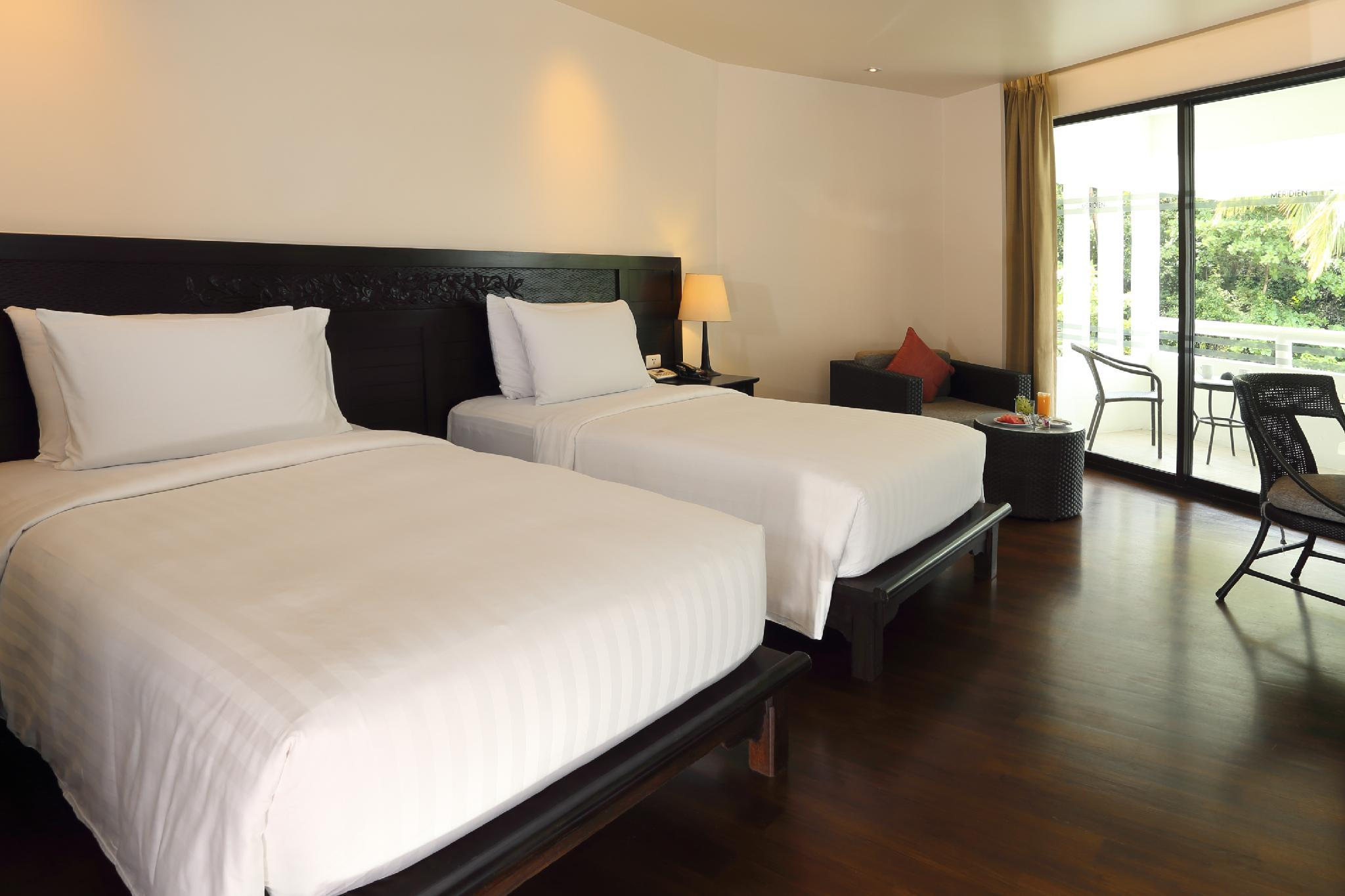 Guest room, 1 King or 2 Twin/Single Bed(s), No view, Balcony