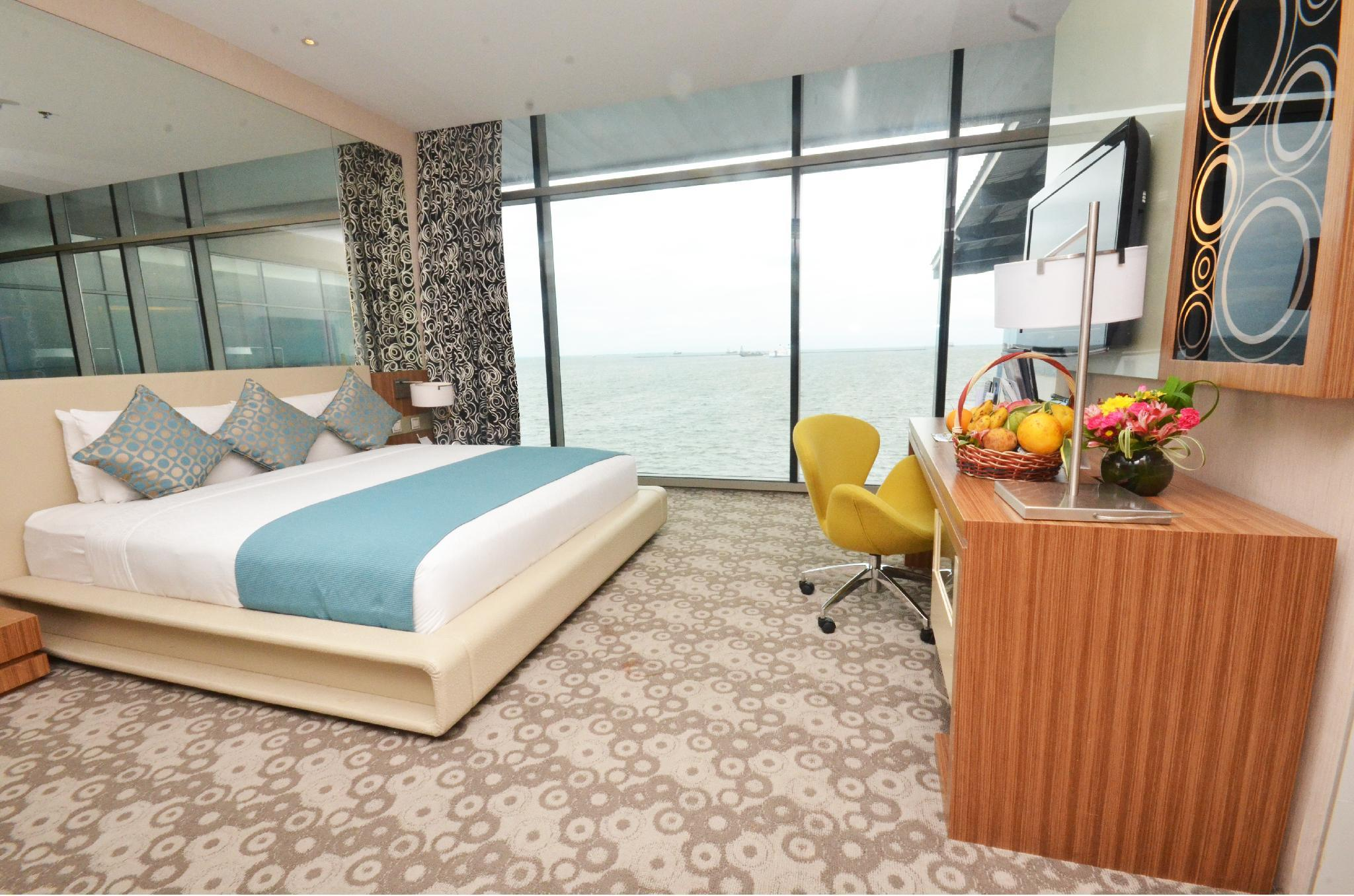 Bay View King Bed Room