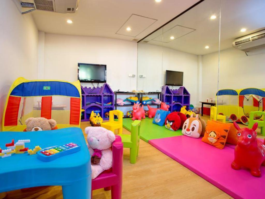 Kid's club Novotel Phuket Resort