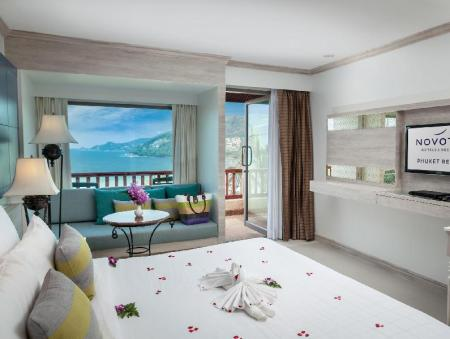 Superior Double Ocean View - Bed Novotel Phuket Resort