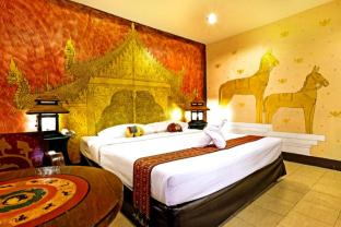 Parasol Inn Old Town Hotel Chiang Mai by Compass Hospitality