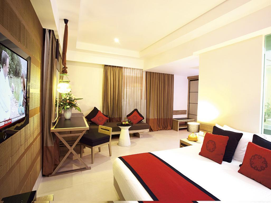 Suite Junior Akses ke Kolam (Pool Access Junior Suite)