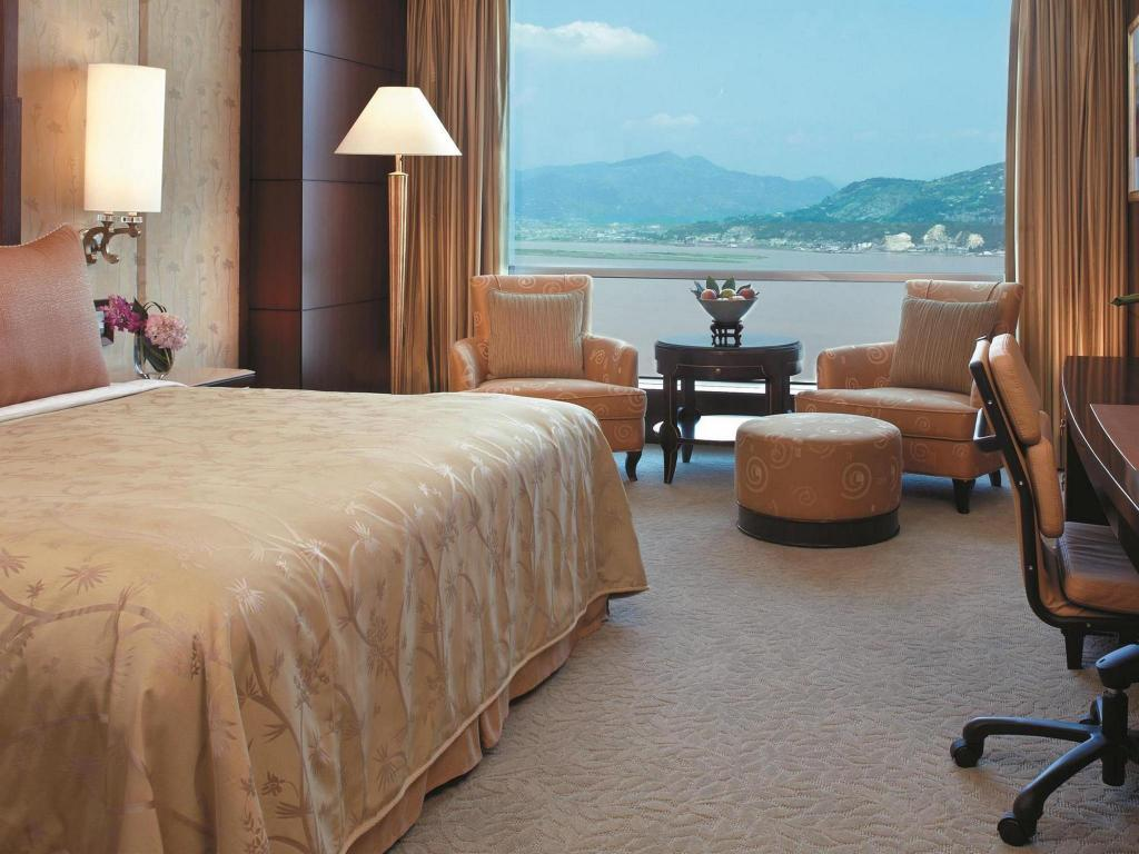 See all 51 photos Shangri-La Hotel Wenzhou