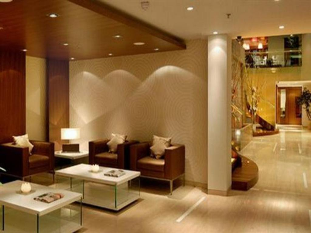 Lobby Fortune Select Exotica Navi Hotel