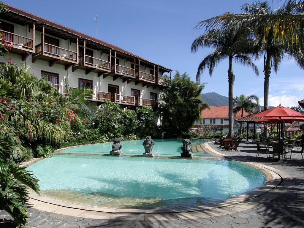 Best Price on Novus Giri Resort & Spa in Puncak + Reviews