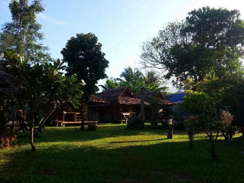 Pai Cat Hut Guesthouse