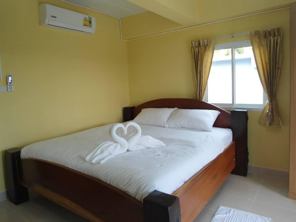 More About @MyHome Resort Bangsaphan
