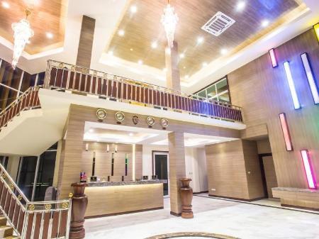 Saint Tropez Beach Resort Hotel In Chanthaburi Room Deals Photos