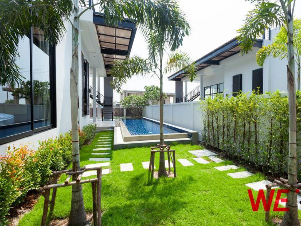 WE by Sirin Pool Villa Huahin