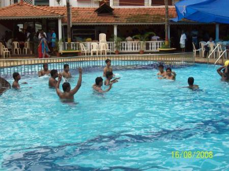 Peldbaseins Alor Grande Holiday Resort