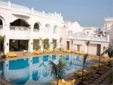 Club Mahindra Emerald Palms, Goa, India - Photos, Room
