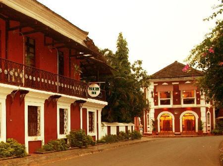 WelcomHeritage Panjim Inn Hotel, Goa, India - Photos, Room