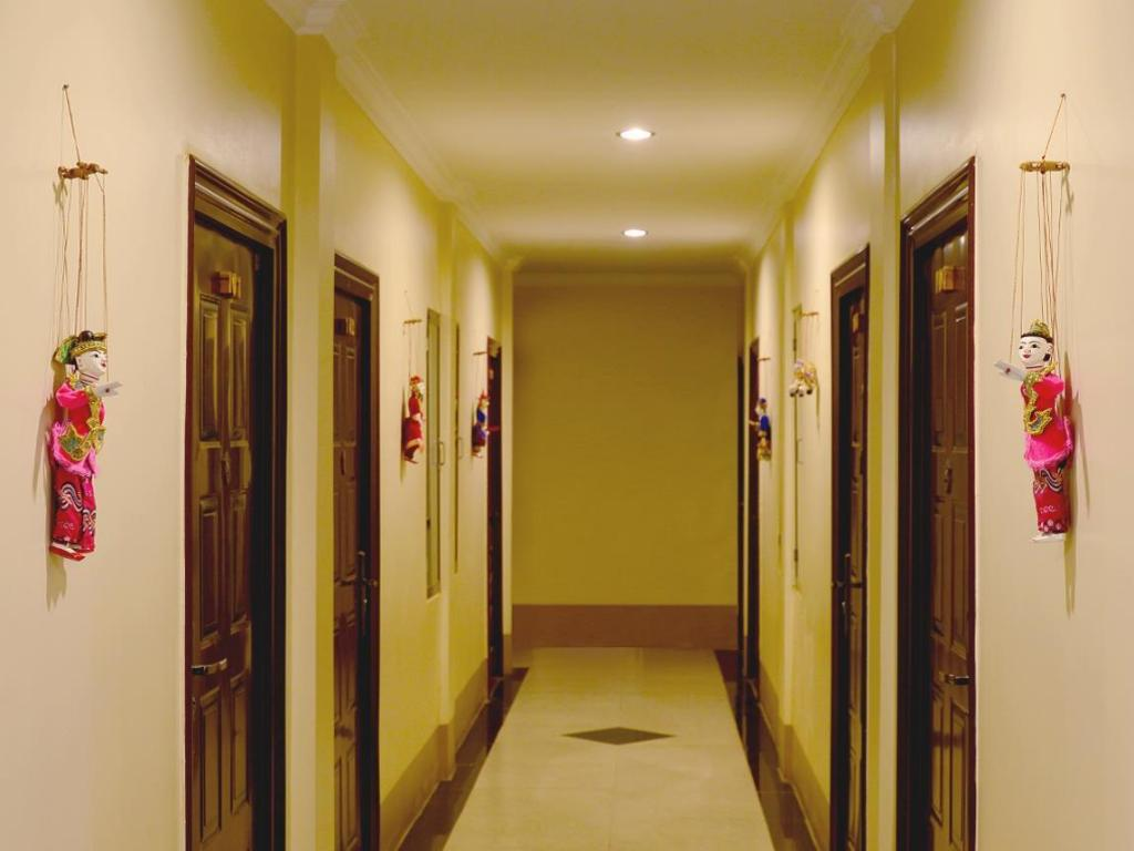 Interior view Six Star Guest House