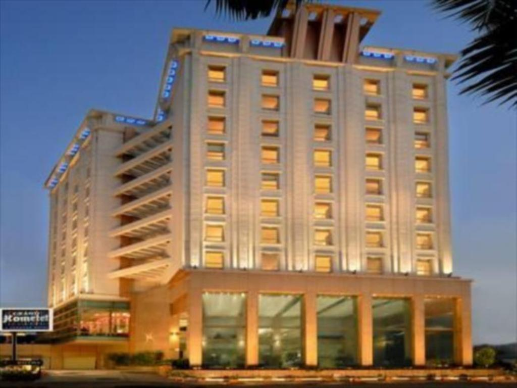 Подробнее о Grand Hometel A Sarovar Hotels
