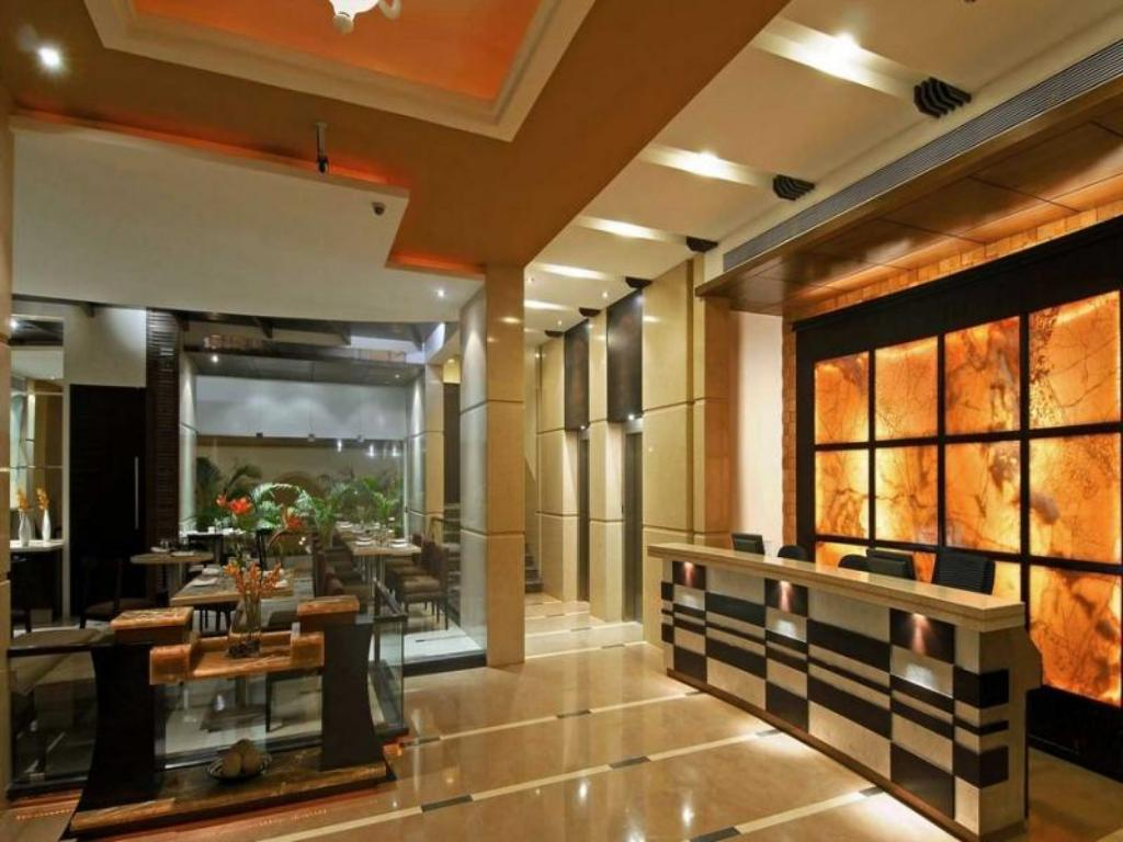 Lobi Grand Residency Hotel & Serviced Apartments