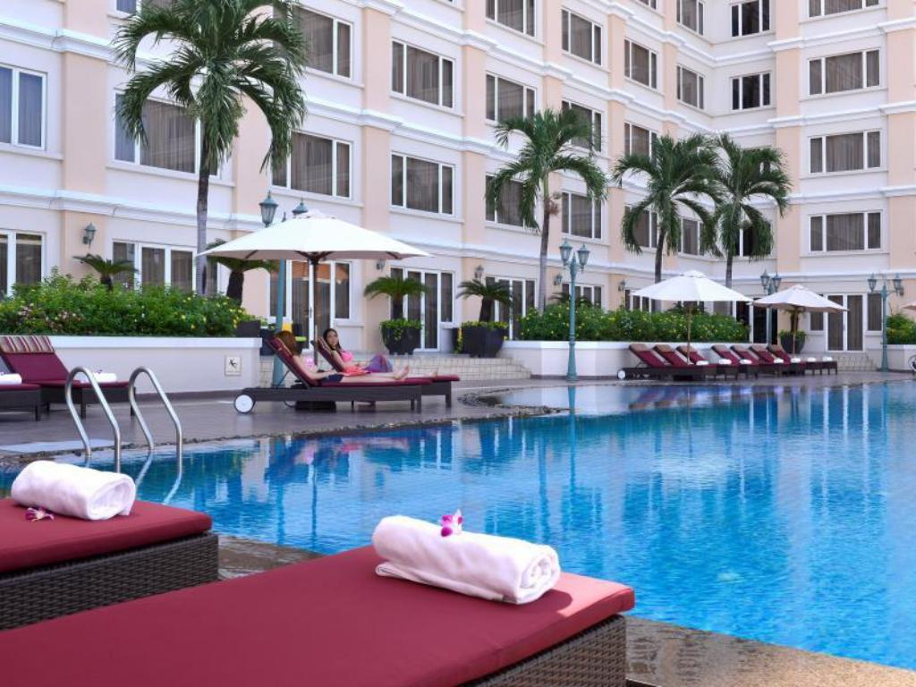 Swimming pool Hotel Equatorial Ho Chi Minh City