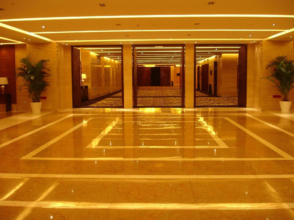Lobby Holiday Inn Qingdao Parkview