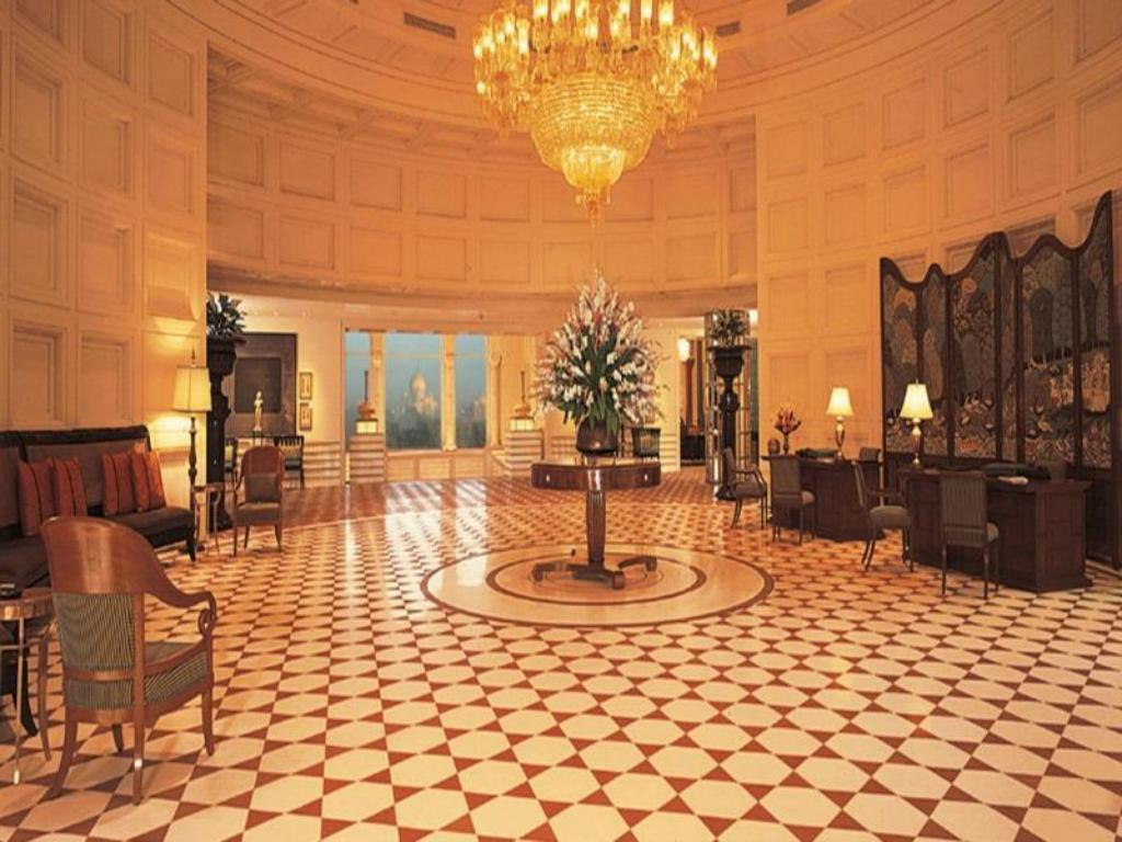 Лобби The Oberoi Amarvilas Agra Hotel