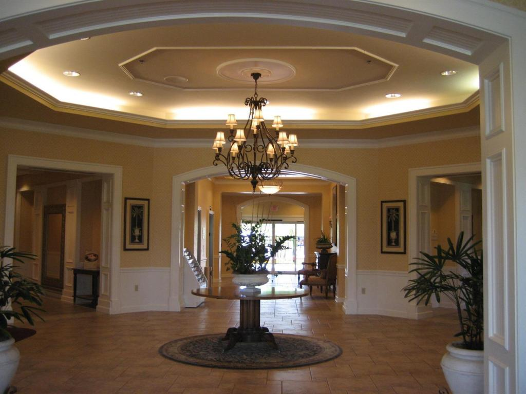 Best Price on Monumental Hotel Orlando in Orlando (FL) +