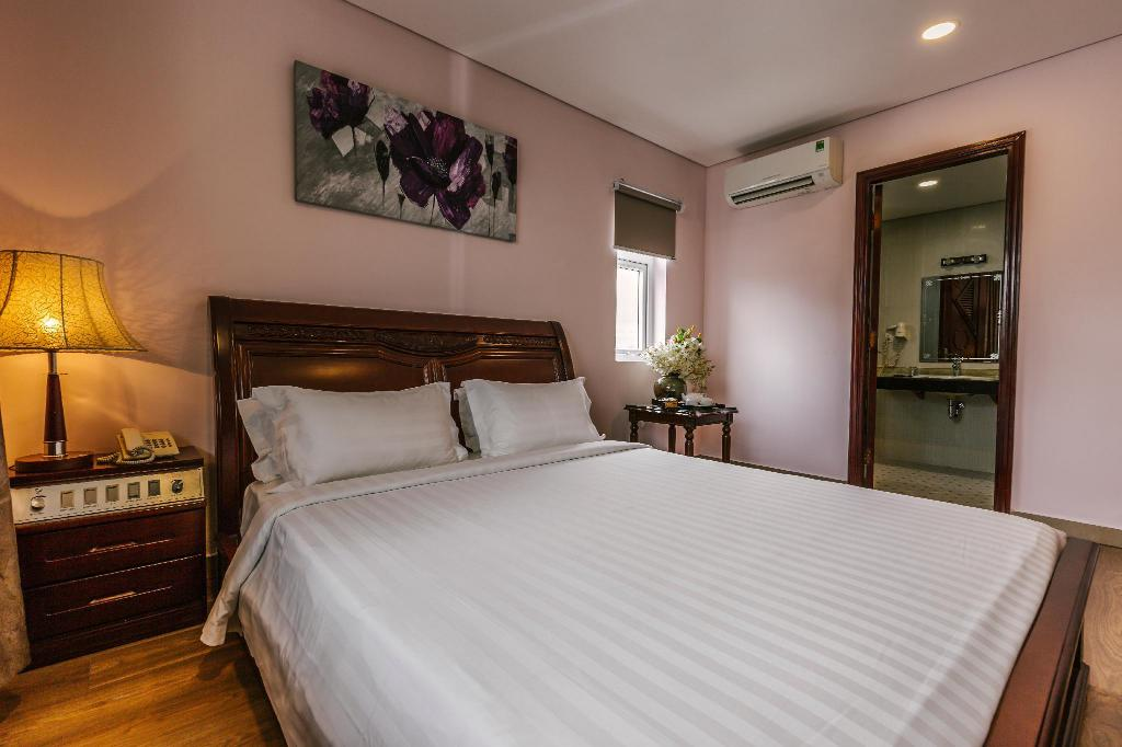 Superior Double - Bed Sophia Hotel