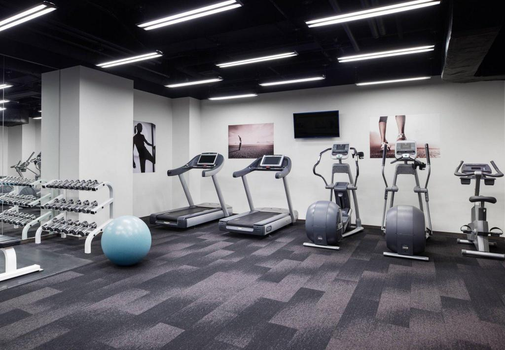 Fitness center Courtyard by Marriott Tokyo Ginza Hotel