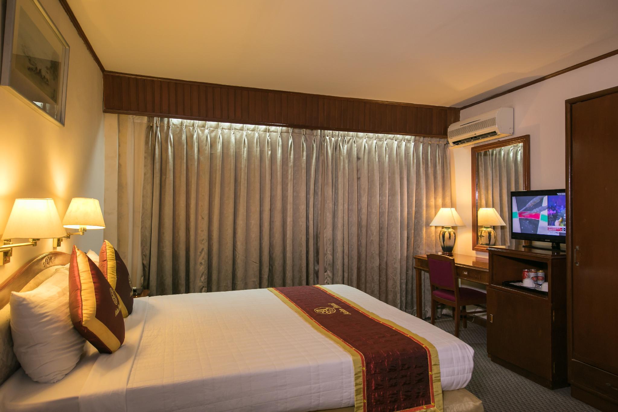 Asian hotel revenge — img 10