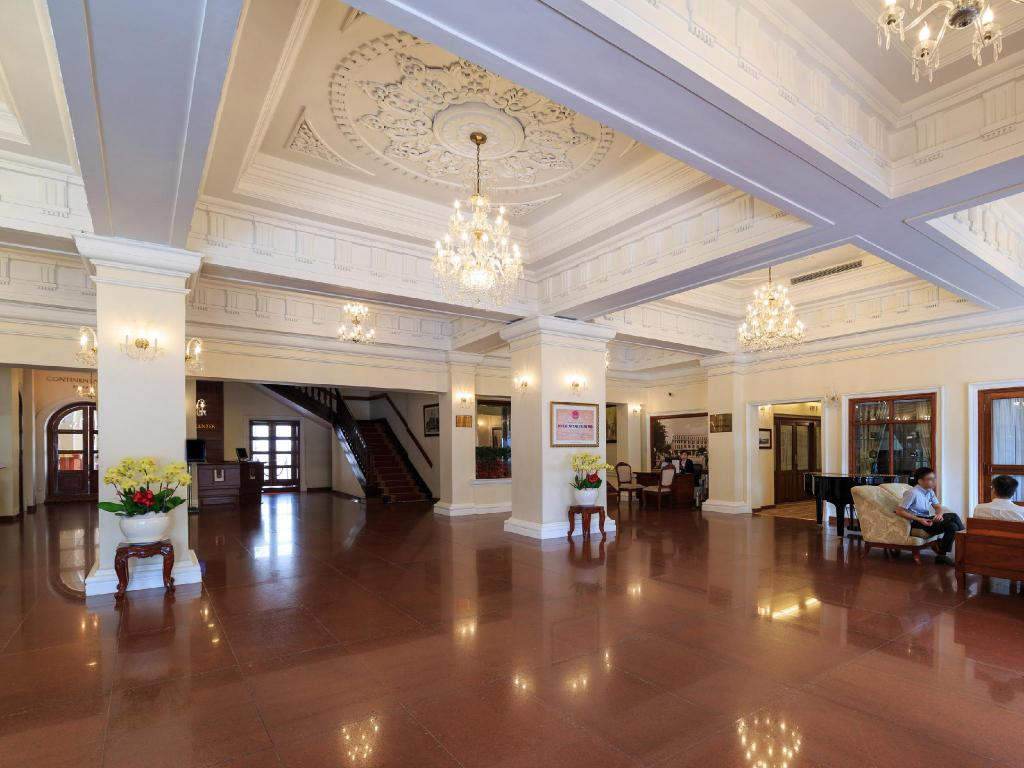 Lobby Hotel Continental Saigon