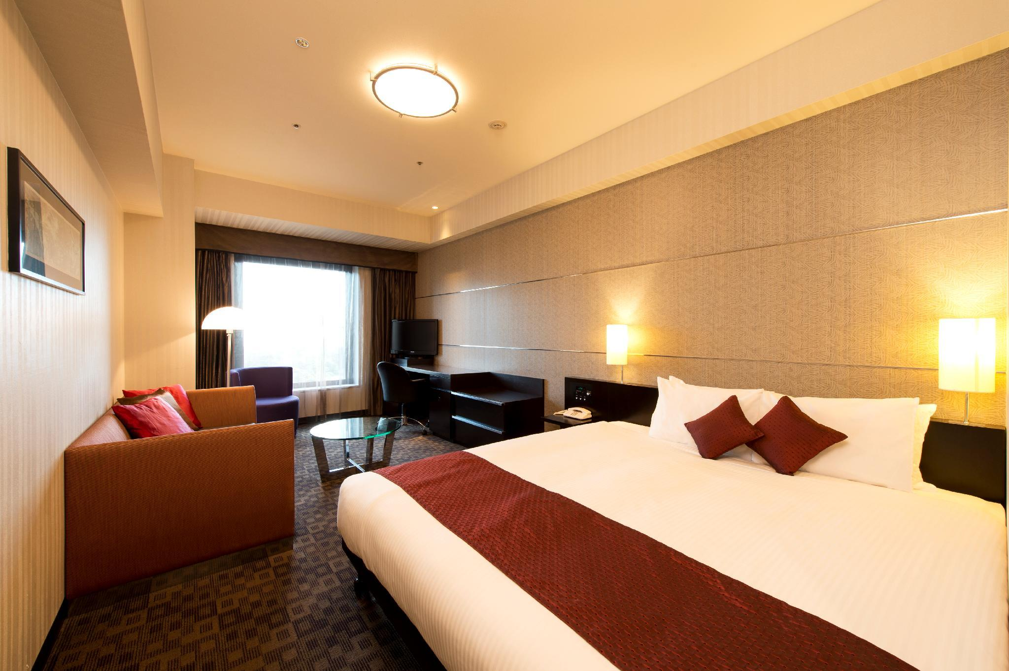 Premium Room 1 King Bed