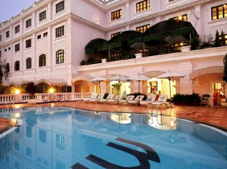 Swimming pool Saigon Morin Hotel