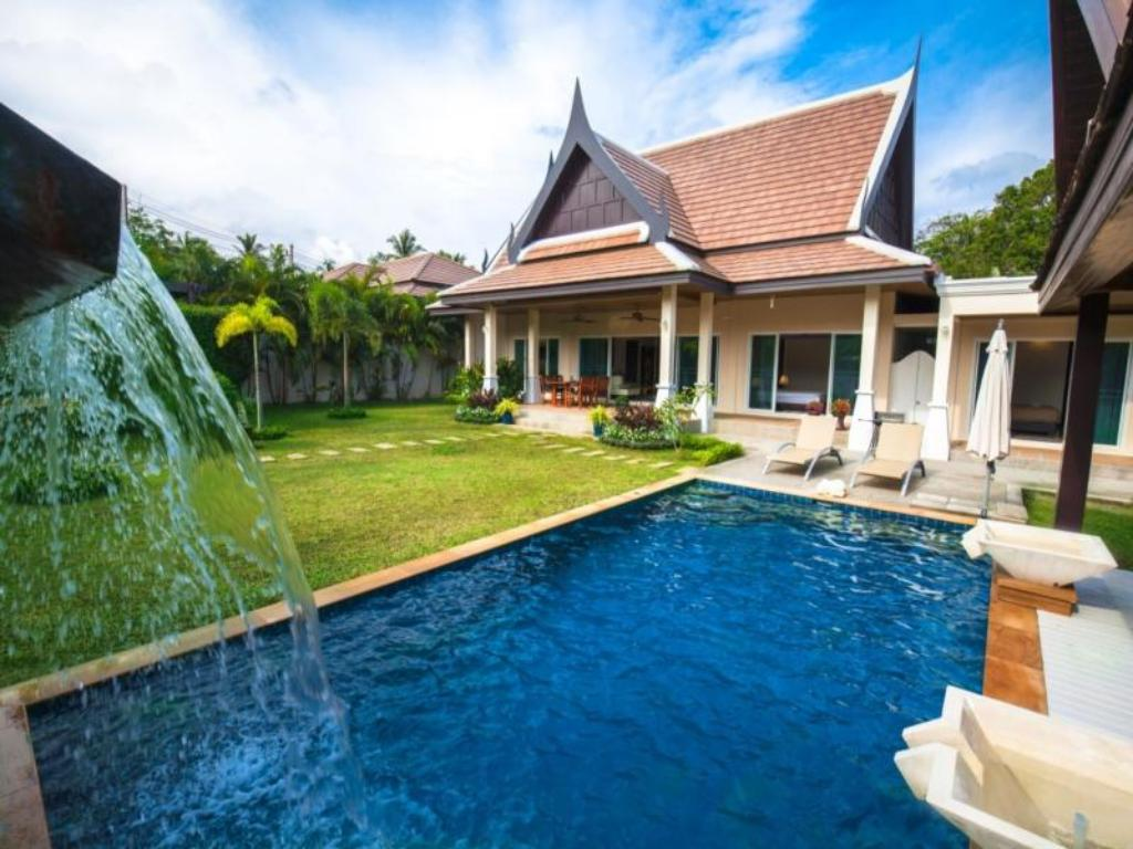 Swimming pool Nok Sawan Villa By Jetta