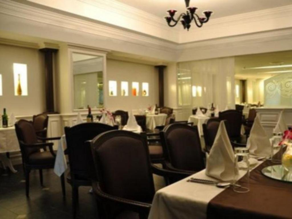 Restaurant The Central Court Hotel