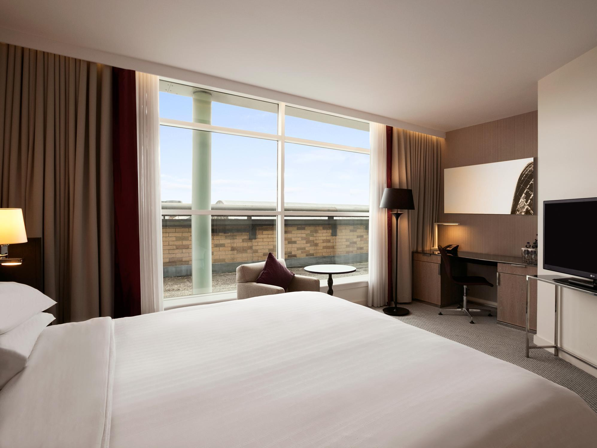 Cameră Hilton executive cu pat king-size (King Hilton Executive Room)