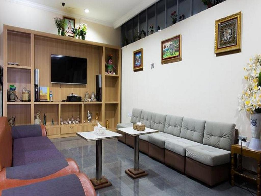 Hotel Royal Star Best Price On Royal Star Hotel In Taunggyi Reviews