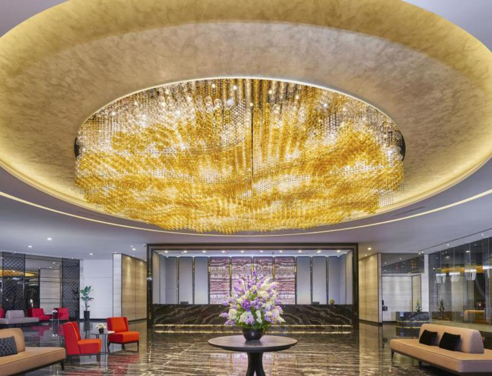 Lobby Hotel Boss (SG Clean Certified)