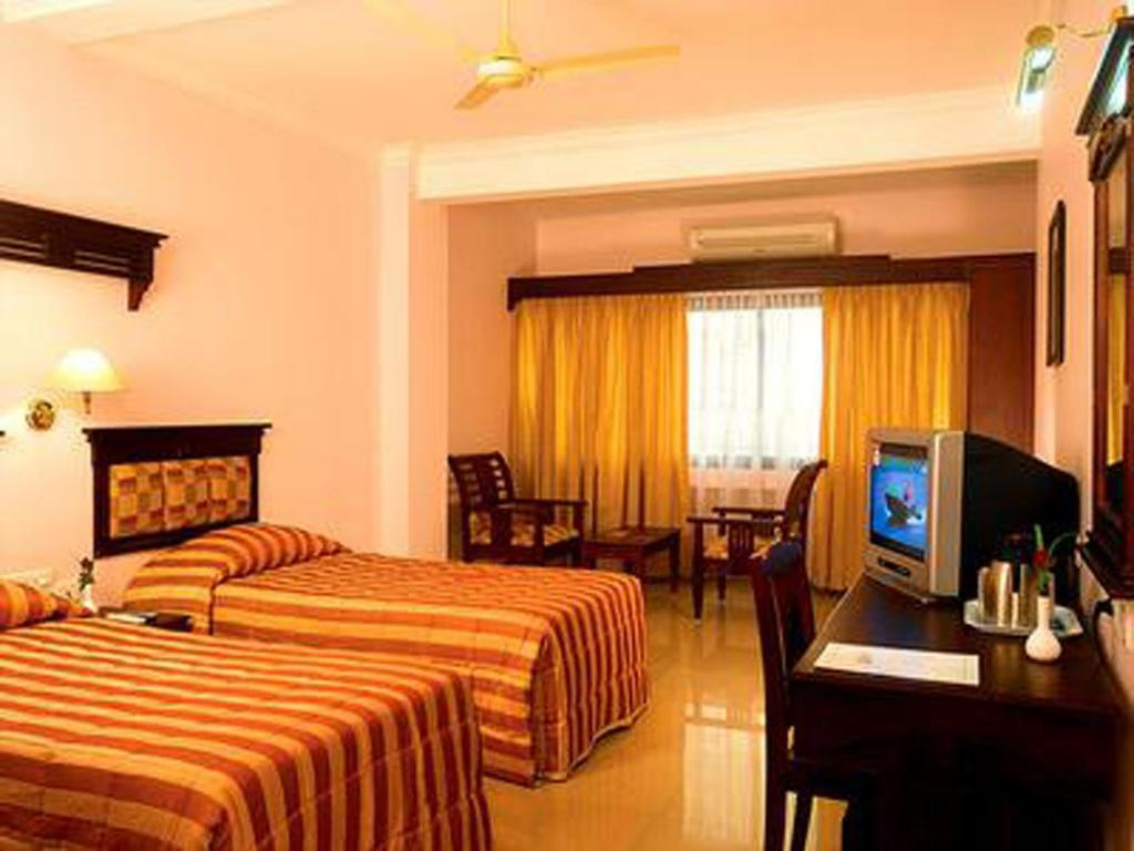 Standard Double Room Orchid Residency