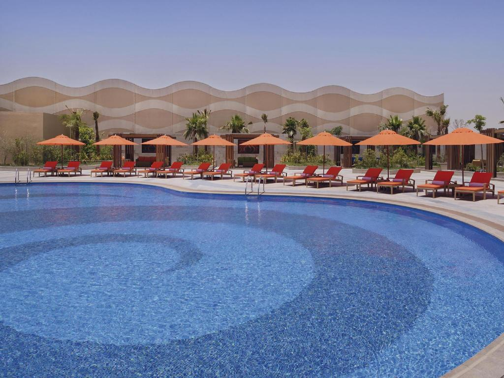 Swimming pool [outdoor] Movenpick Hotel Riyadh