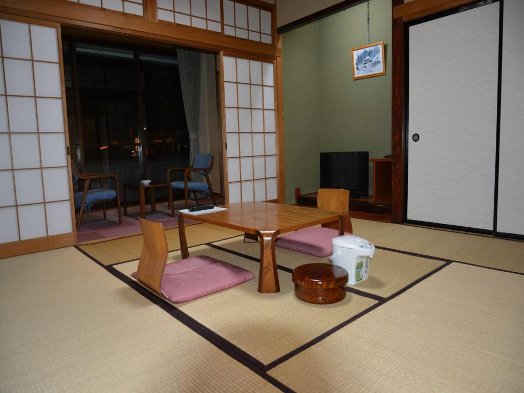 Superior Japanese Room - Lounge Yuzawa Hotel
