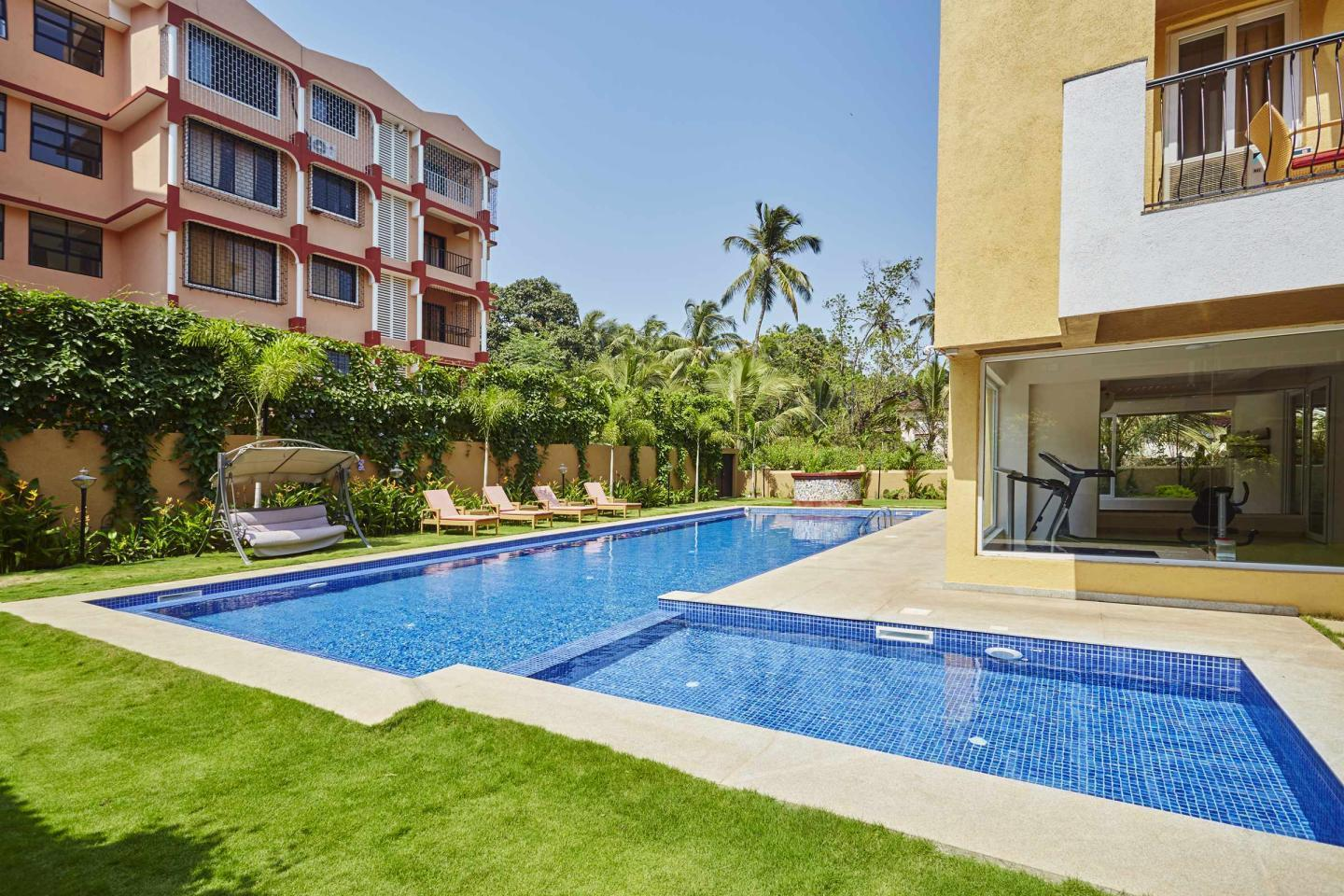 Swimming Pool Veera Strand Park Serviced Apartments